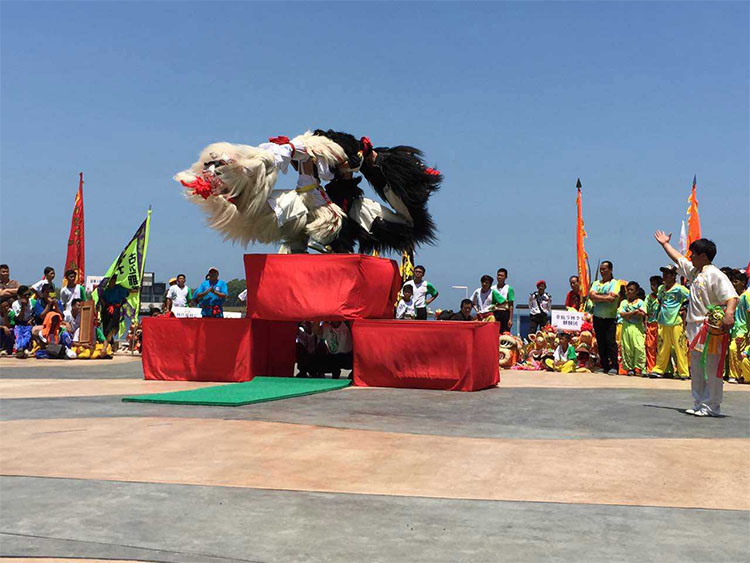 南山竹海舞狮